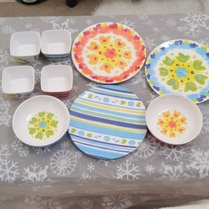 9 PC Summer Serving Tableware Like New